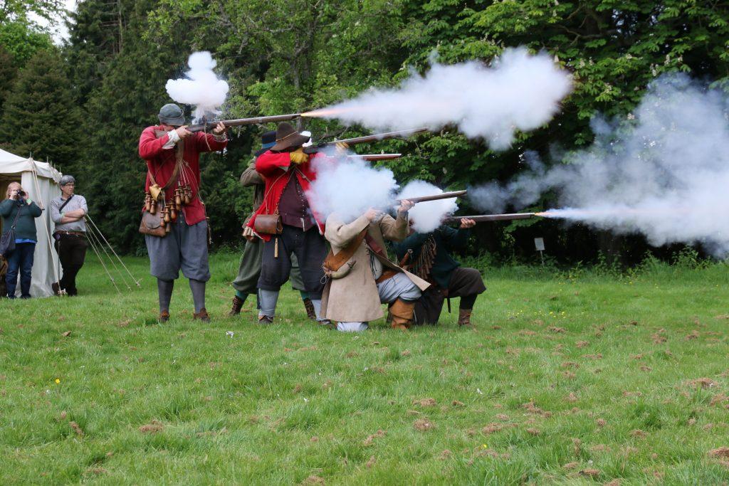 Wardour Garrison - musket volley